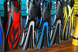 Different types of Scuba fins for scuba shoppers