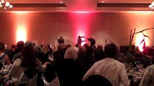 Advantages of hiring a corporate entertainer for your event