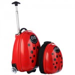 Avail the advantages of kids personalized luggage sets while traveling