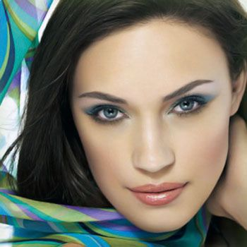 How to Get Beautiful Eyes without Any Dark Circles?