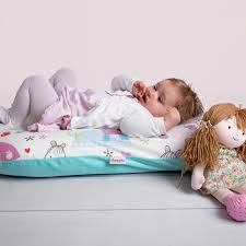 Tips for Shopping Best Cushions for A New Born