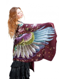 Bird Feather Scarfs: Why It Is So Popular?