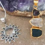 How Can Handmade Gemstone Jewelry Enhance Your Looks?